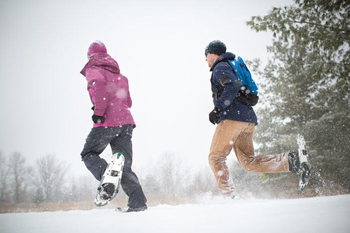 location photography, outdoor photography, fitness photography, outdoor fitness, exercise, lifestyle photography, outdoor lifestyle, winter lifestyle, winter sports, winter fitness, winter activity, snowshoeing, active lifestyle